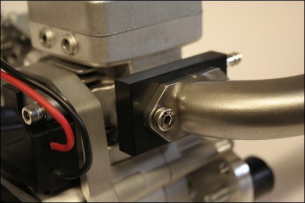 Wassergekühlter Krümmeradapter / schwarz eloxiert Krümmeradapter / schwarz eloxiert
